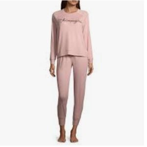 Ambrielle pink jogger style pajamas  loung…